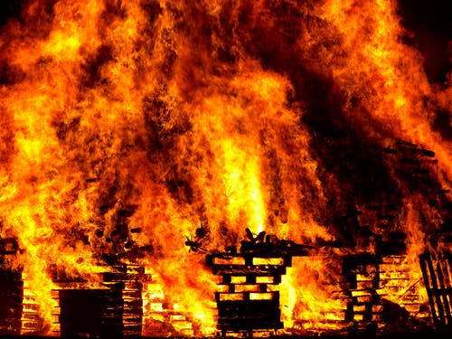 Hiring a Fire Restoration Company to Combat Your Smoke And Fire Damaged Property